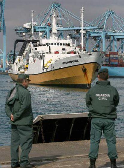 El <i>Odyssey Explorer</i> entra en el puerto de Algeciras en octubre de 2007 por orden judicial.