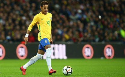 Neymar, con Brasil.