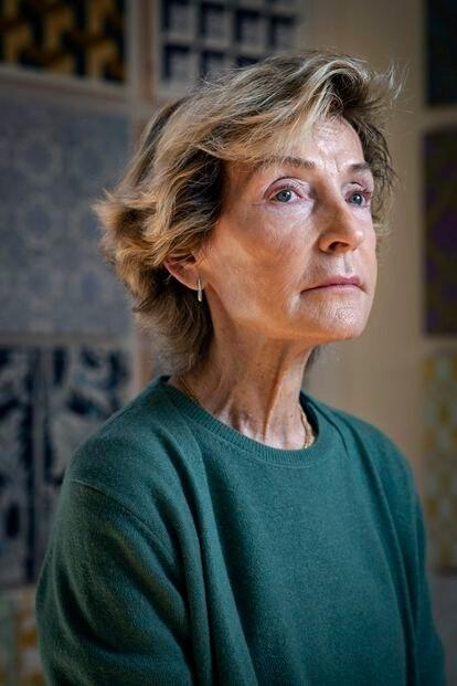 """""""No he dejado de pintar un solo día de mi vida"""", dice Soledad Sevilla, que cuenta que no pudo vivir de la pintura hasta los 45 años."""