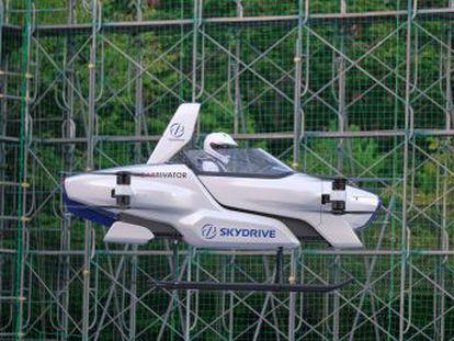 La compañía SkyDrive difunde el vídeo con los test de vuelo del SD-03, un vehículo más pequeño que el diseñado por Daimler