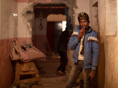 Fotograma de la película 'Cartas mojadas' de la directora Paula Palacios, presentada en la 18ª edición del Festival de Cine Africano de Tarifa.