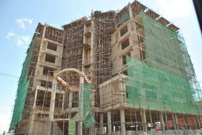 El 'boom' de la construcción es evidente en la mayoría de las ciudades africanas. En la imagen, un edificio en construcción en Nairobi.