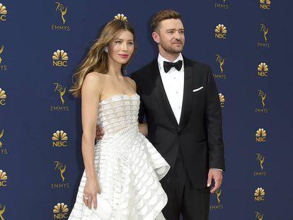 Justin Timberlake y Jessica Biel en los premios Emmy de 2018.
