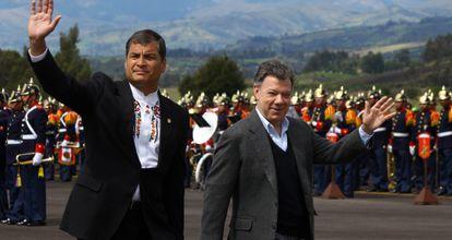 Los presidentes de Colombia y Ecuador a su llegada a Ipiales.