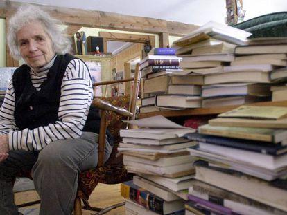 La escritora Grace Paley, en 2003.