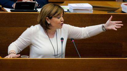 Bonig, en una sesión de control al Gobierno en las Cortes Valencianas.