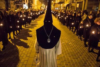 Procesión nocturna en la Semana Santa de Zamora de 2019.