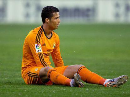 Cristiano, en el suelo al inicio del partido.