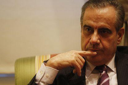 Celestino Corbacho, durante la entrevista, en el Ministerio de Trabajo e Inmigración.