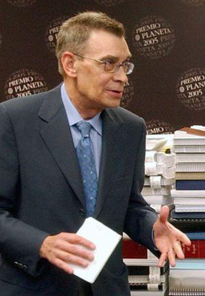 El escritor y crítico literario Carlos Pujol, en 2005.