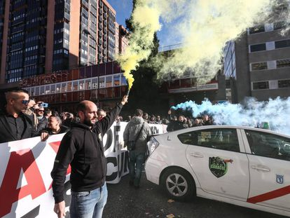 Protesta de taxistas frente a la Consejería de Transportes de Madrid, el pasado miércoles.