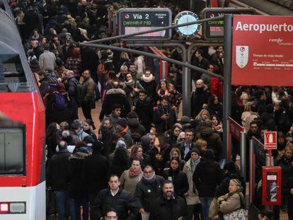 Aglomeraciones en la estación de Atocha.