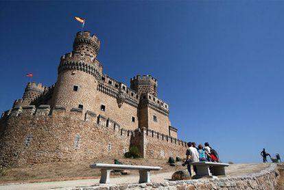 El castillo de Manzanares el Real fue levantado en el siglo XV y reconstruido casi medio milenio después.