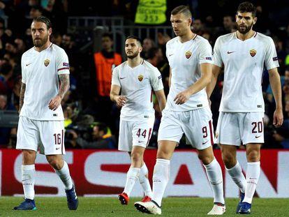 Jugadores de la Roma en el Camp Nou.