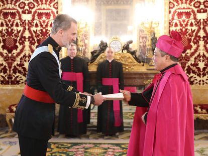 El Rey Felipe VI recibe las cartas credenciales del nuncio apostólico de la Santa Sede, Monseñor Bernardito Cleopas Auza.