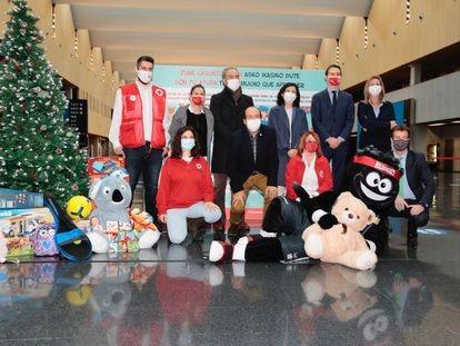 """Cruz Roja Bizkaia inicia la campaña de recogida de juguetes, con el lema """"Sus Derechos en Juego"""""""