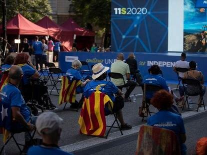 Acto central de la Asamblea Nacional Catalana, en la plaza Letamendi de Barcelona en la Diada de 2020.