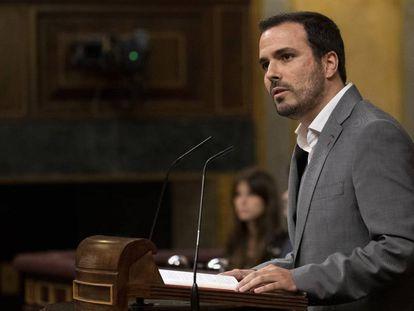 Alberto Garzón, durante su intervención en el debate de investidura.
