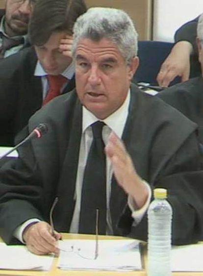 José María Fuster Fabra, abogado de Pilar Manjón, en el juicio.