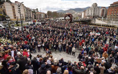 Manifestación en el centro de Bilbao por una subida de las pensiones mayor