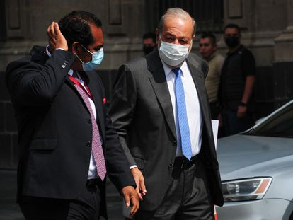 Carlos Slim al salir de Palacio Nacional esta tarde.
