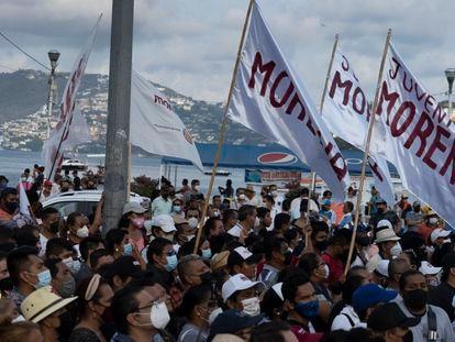 Seguidores de Morena celebran la victoria en Acapulco, Guerrero, tras las elecciones del 6 de junio.