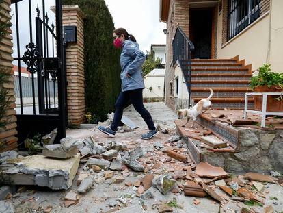 Desperfectos causados por el terremoto de grado 4,4 en el área metropolitana de Granada, el sábado 23 de enero de 2021.