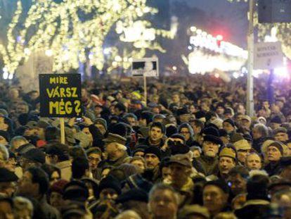 Manifestación contra la nueva Constitución húngara en Budapest.