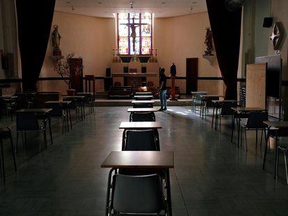 La capilla del colegio concertado Pío XII de Valencia, reconvertida en aula.
