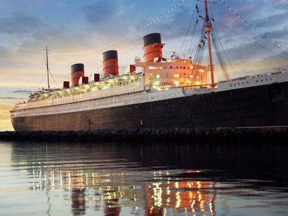 El 'Queen Mary', uno de los transatlánticos legendarios que aparecen en la exposición del Victoria  & Albert Museum de Londres..
