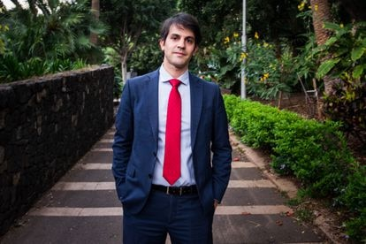 Pablo Hernández, el presidente del Consorcio de la Zona Especial Canarias (ZEC), en el parque García Sanabria de Santa Cruz de Tenerife.