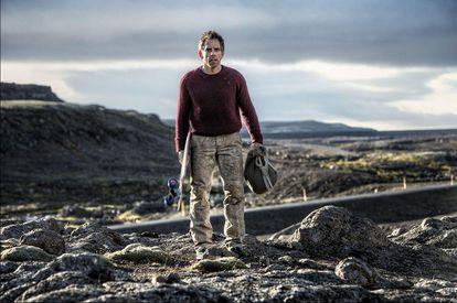 En 'La vida secreta de Walter Mitty' (2013), Ben Stiller está plantado solo en Islandia (y, por lo que se puede ver en esta imagen promocional, no muy cálido para la ocasión).