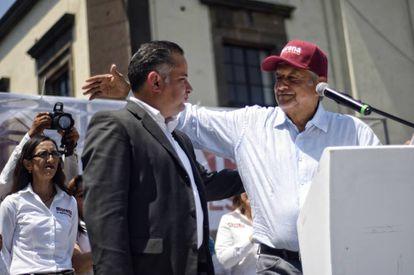 Santiago Nieto y López Obrador, en Jalisco.