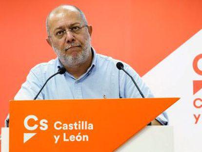 """El líder del Ciudadanos en Castilla y León """"asegura que en su partido  la crítica es posible sin temor a nada"""""""