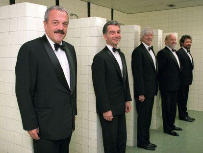 David Rabinovich, Jorge Maronna, Carlos López Puccio, Marcos Mundstock y Carlos Núñez Cortés, fotografiados en Madrid en 2004-