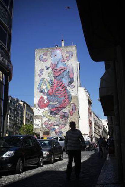 Un grafiti de Aryz