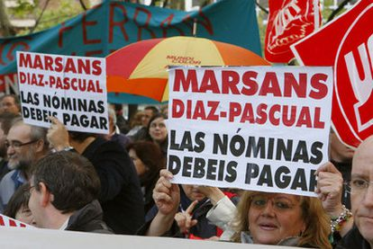 Trabajadores de Viajes Marsans durante la manifestación que tuvo lugar el pasado día 7 en Madrid.
