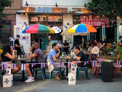 Una terraza de un restaurante en West Village, Nueva York.