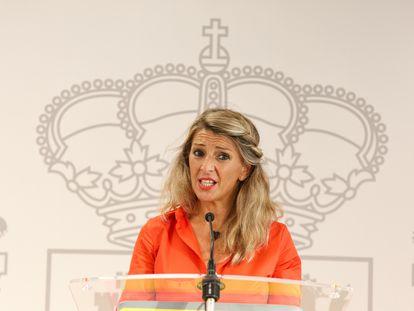 La vicepresidenta segunda y ministra de Trabajo y Economía Social, Yolanda Díaz, en una comparecencia en Vitoria este jueves.