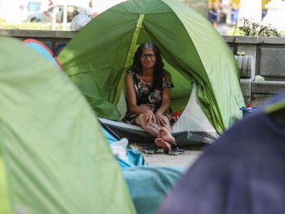 Lo que fue una acampada reivindicativa durante la campaña electoral se convierte en un conflicto 100 días después