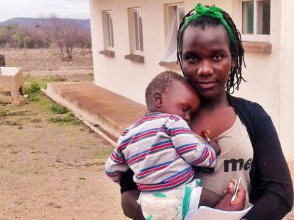 Marta y su hija Analaisa en Casa Do Gaiato, Mozambique.
