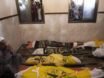 Funeral por las víctimas civiles de un ataque israelí, el 14 de noviembre en Gaza.