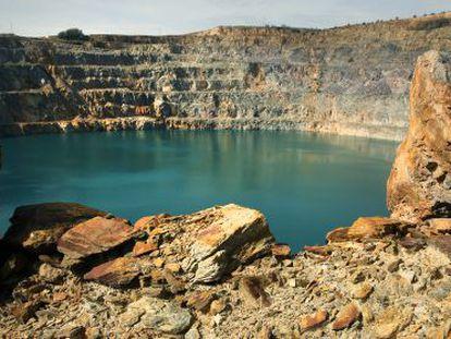 Balsa de la mina de Aznalcóllar, en 2014.