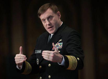 El almirante estadounidense, Michael Rogers, jefe del 'cibercomando' de Estados Unidos