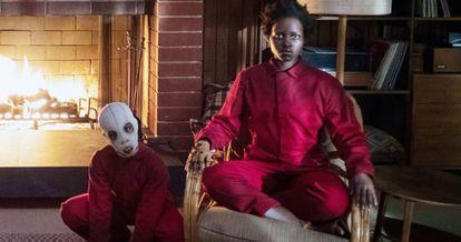 ¿La madre de los Wilson (interpretada por Lupita Nyong'o) es un clon? 'Nosotros' es de esas películas de las que cada espectador tiene una teoría diferente.