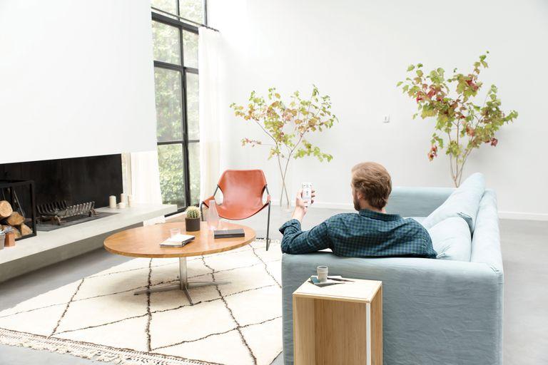 Las estaciones meteorológicas monitorizan las habitaciones para evitar respirar aire viciado en casa.