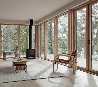 Interior de VillaRauhanniemi, diseño de Laajisto.