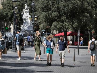 En la imagen,  Las Ramblas de Barcelona a la altura del teatro Principal.