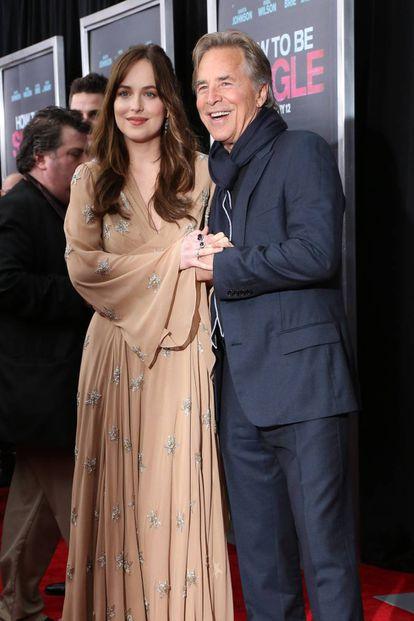 Dakota Johnson y Don Johnson en un estreno en 2016 en Nueva York.