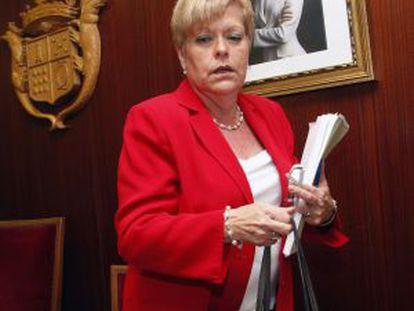 La alcaldesa de Novelda, Milagrosa Martínez, en un pleno.